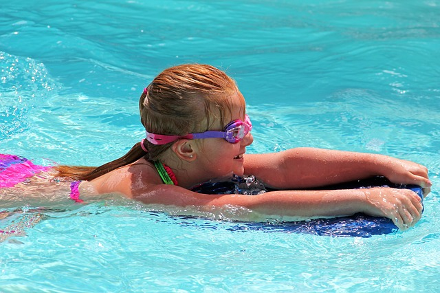 Water Safety Week - Girl swimming